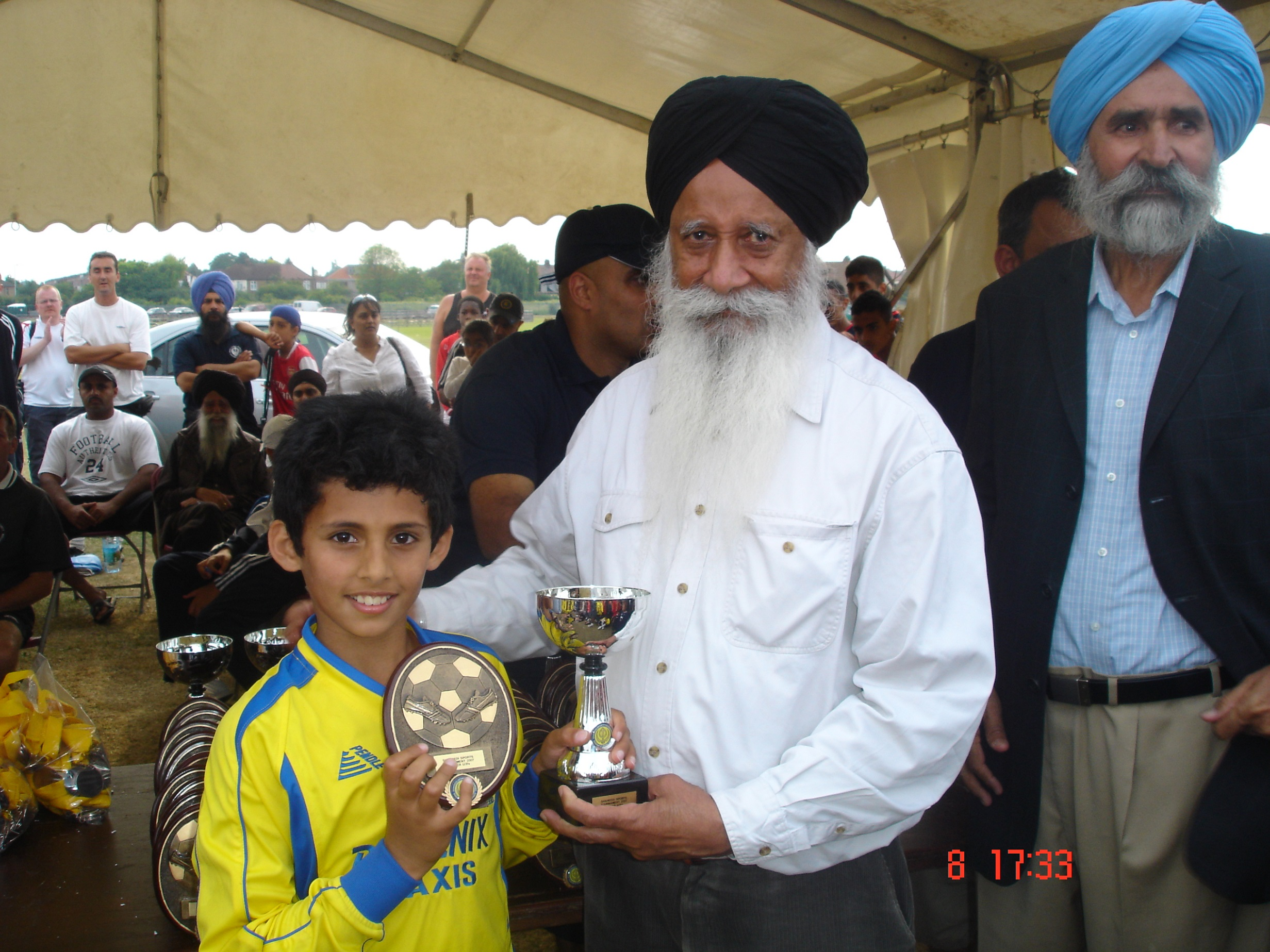 Arjun Heer with U9s Barking 2007 winners trophy