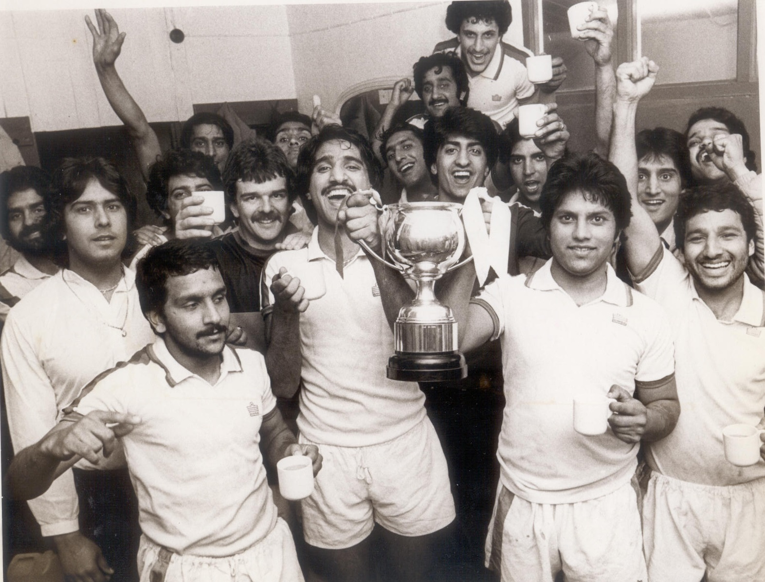 Reporter Cup Winners 1981/82 - Beat Bowsports  2-1 in final