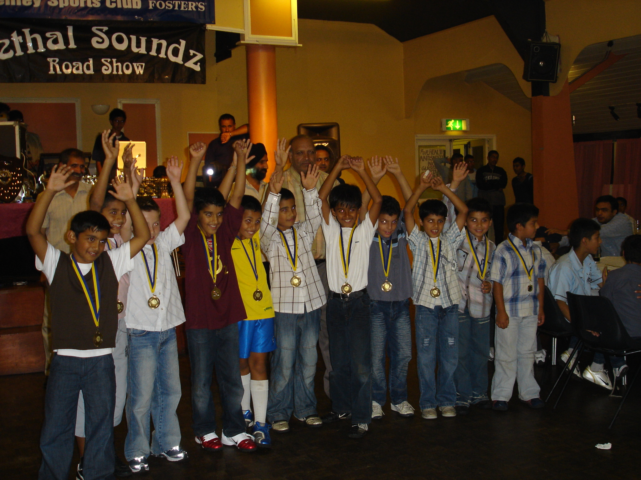 2006 Under 8's with their medals