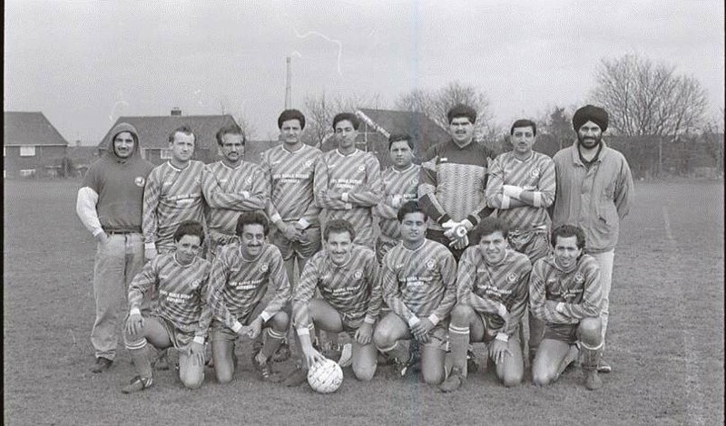 Saturday First Team from 1988 (Ninder in the hoody)